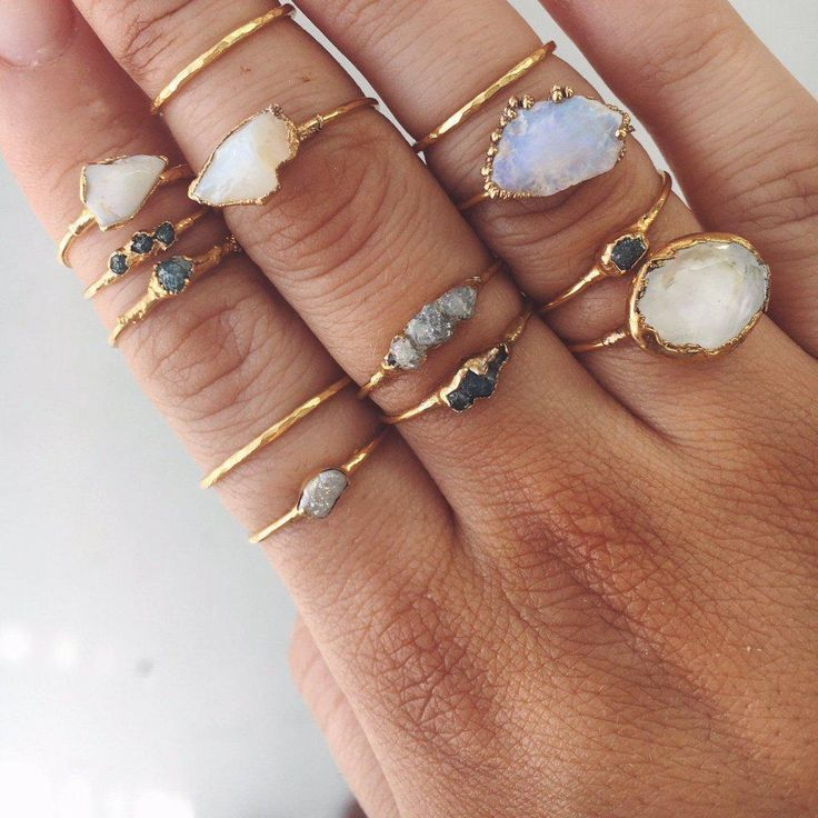 Gold rohen Opal Ring   – without jewelry life is naked –