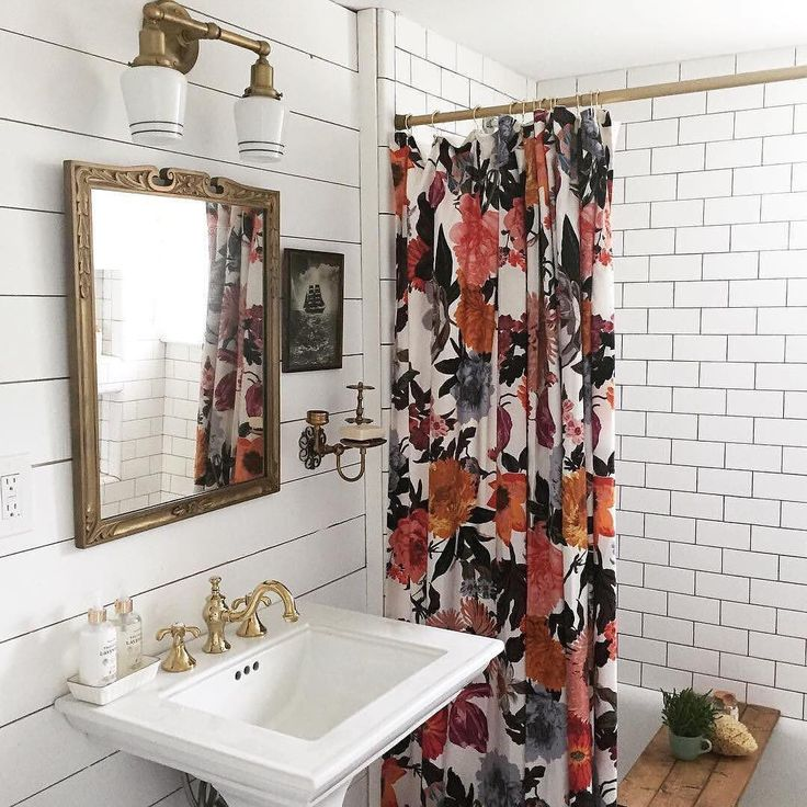 """23.4k Likes, 131 Comments - Anthropologie (@anthropologie) on Instagram: """"When the shower curtain makes the room ✨ #anthrohome : @balsamwest (link in profile to shop the…"""""""