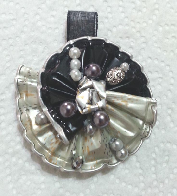 Ciondolo argento e nero - fatto con capsule Nespresso