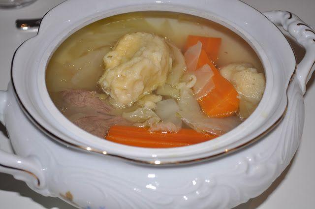 God gammeldags kjøttsuppe med klimper