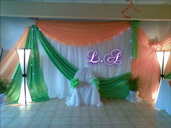 Decoracion de escenarios para graduaciones buscar con for Arreglos con globos para boda en jardin
