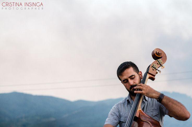 """Sabato 26 luglio, nel tranquillo Borgo di Serro (Villafranca Tirrena, Messina), ho avuto il piacere e l'onore di fotografare i """"Cinco De La Tarde"""", nel loro """"concerto d'esordio"""", in occasione del secondo compleanno di """"ViviSerro"""", una delle associazioni culturali più attive del territorio messinese. Come […]"""