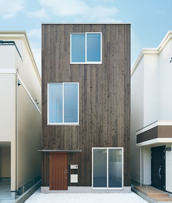 In Tokyo, MUJI Designs A Minimalistic And Stylish Vertical House - DesignTAXI.com