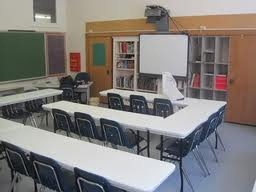 interesting student desk arrangement  Google Image Result for http://i132.photobucket.com/albums/q40/jerseyangel0307/OK%2520Classroom/IMG_1210.jpg