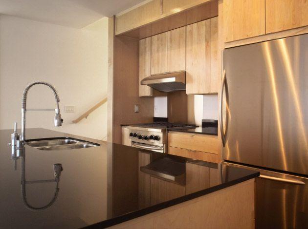 Kücheninsel Aus Nero Assoluto, Oberfläche Poliert