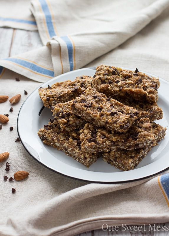 Chocolate Chip Cookie Energy Bars