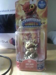 E3 2013: Skylanders Giants E3 Hot Dog is the best swag