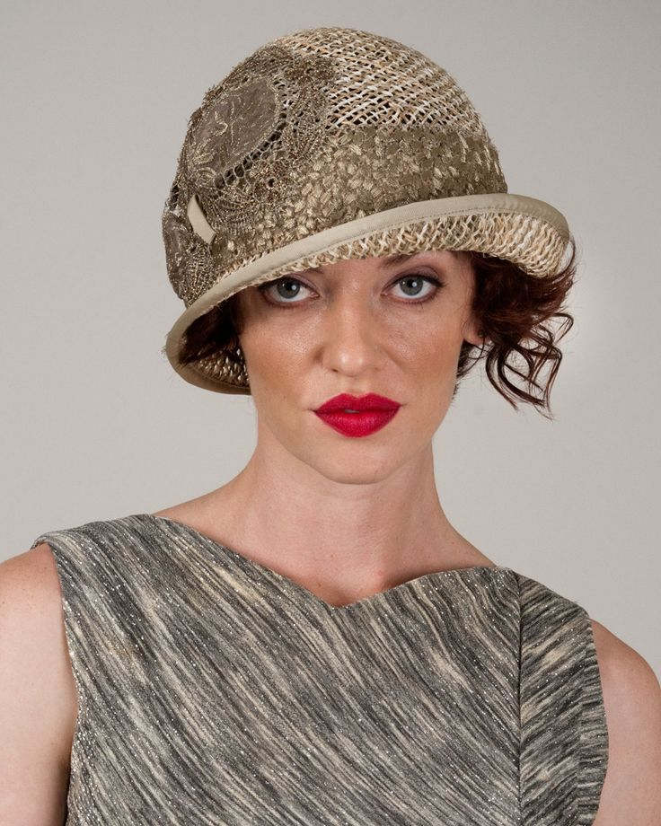 9332MLOT Milly, natural/tea – Louise Green Millinery