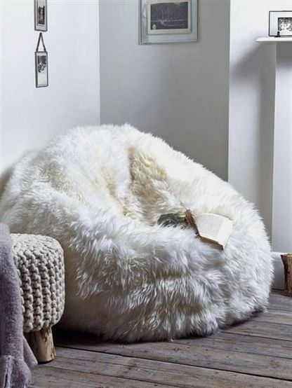 Sheepskin pouf XXXL White pouf Large pouf Fur pouf Comfortable pouf Sheepskin beanbag Bean Bag Furry decor