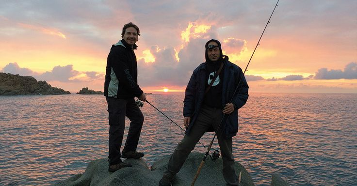 Every day during the chrismas period we go fishing arround the south coast. Sunrise and sunset is marvelous for a good hunt