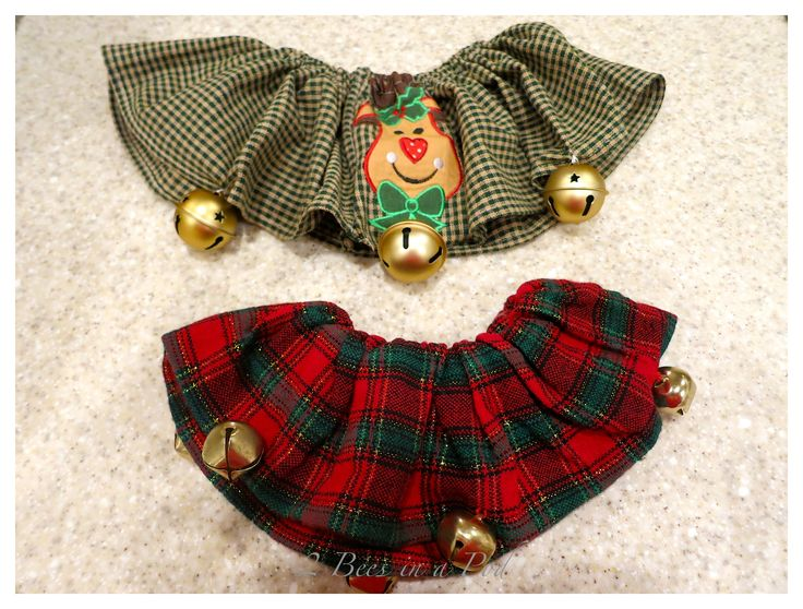 Easy to sew Christmas dog collars for your favorite pet. Would be a great gift for anyone with a dog :)