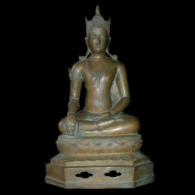 19th century royal Thai Lanna seated Buddha sculpture from northern Thailand.