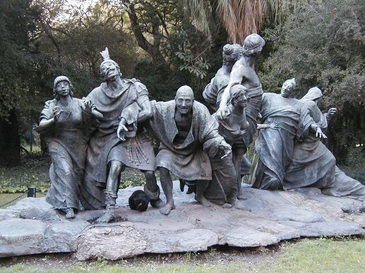 Esculturas en el Jardin Botanico, Bs As, Argentina