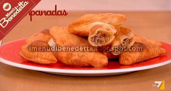 Benedetta Parodi oggi ha cucinato delle squisite empanadas, dei fagottini di pasta ripieni di carne, tipici dell'America Latina. Vediamo d...