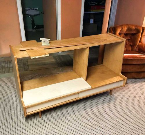 Chris's DIY midcentury modern TV cabinet inspired by Paul McCobb - Retro Renovation