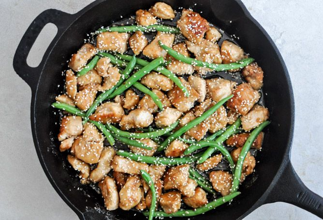 Simple Sesame Chicken Skillet @How Sweet Eats