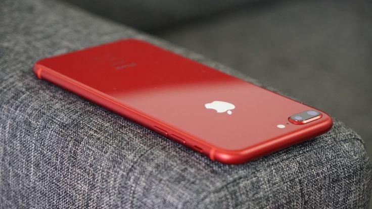 #Apple, #IPhone8Rouge, #TheiCollection  Le YoutubersTheiCollectionà reçu l'iphone 8 rouge on va voir plus prés un jolie smartphone très jolie au visuelle une choses a voir en vidéo un aprecu complet de la part deTheiCollection.