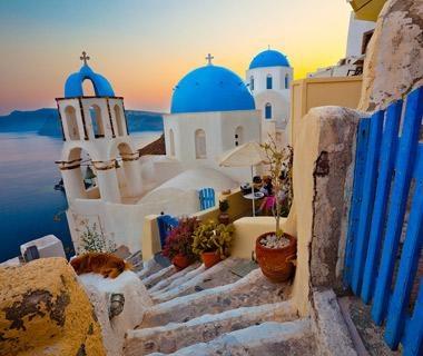 Santorini, #Greece //Beautiful Islands Around the World