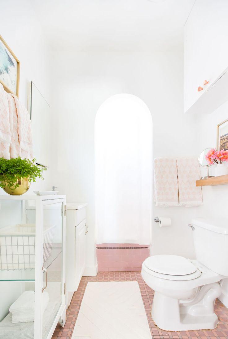 Bright Feminine Bathroom - Vintage Pink Tile