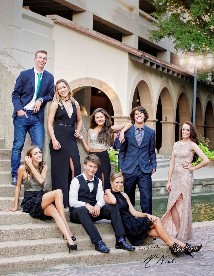 Prom pictures, posing, how to, friends, couples, getting ready, Dallas photographer, Click for more ideas