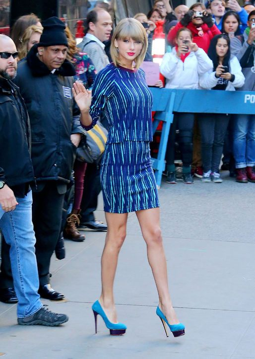 Taylor Swift in a printed top and skirt set