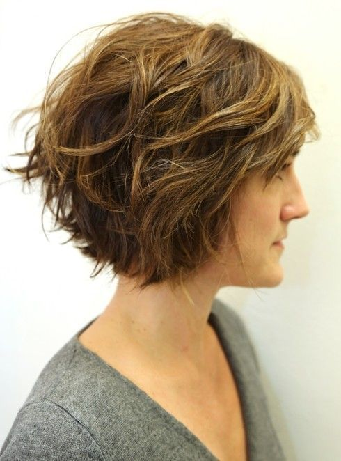 Layered Wavy Bob - Jagged cut layers throughout the style encourage the polished-looking graduated bob a shaggy look and feel. The trendy hairstyle is great for people who look for a style with boost and volume.::