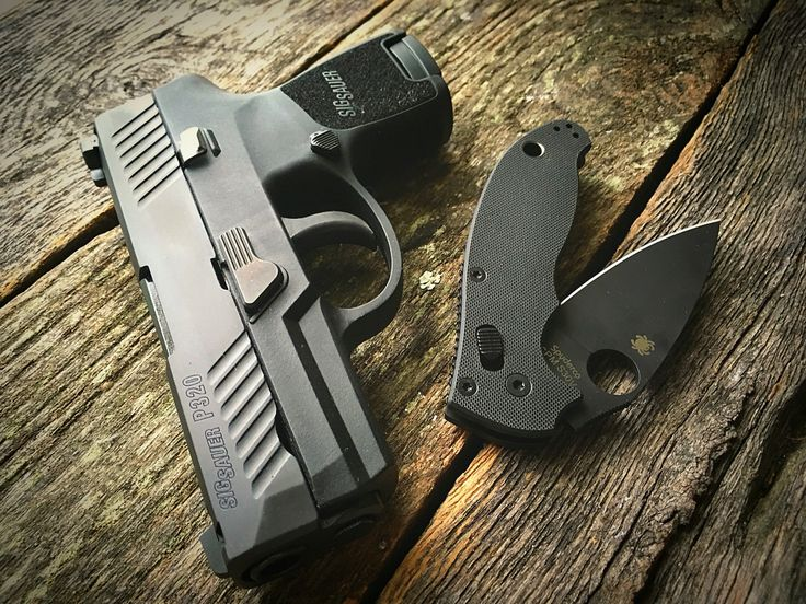 Sig Sauer P320 Subcompact - Spyderco Manix. 2  Loading that magazine is a pain! Get your Magazine speedloader today! http://www.amazon.com/shops/raeind