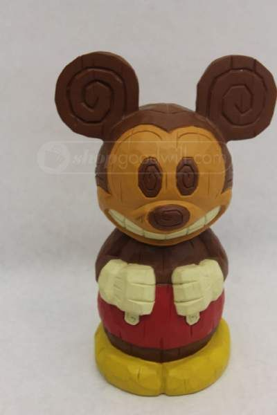 Depositors can bank on Mickey to keep savings secure in this colorful toy coin bank that will help kids save up for their fondest wishes, including their next trip to the Disney Parks!/5(2).