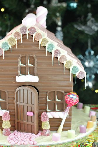 Made With Pink: Chocolate Gingerbread Houses - a Twist on a Christmas Tradition