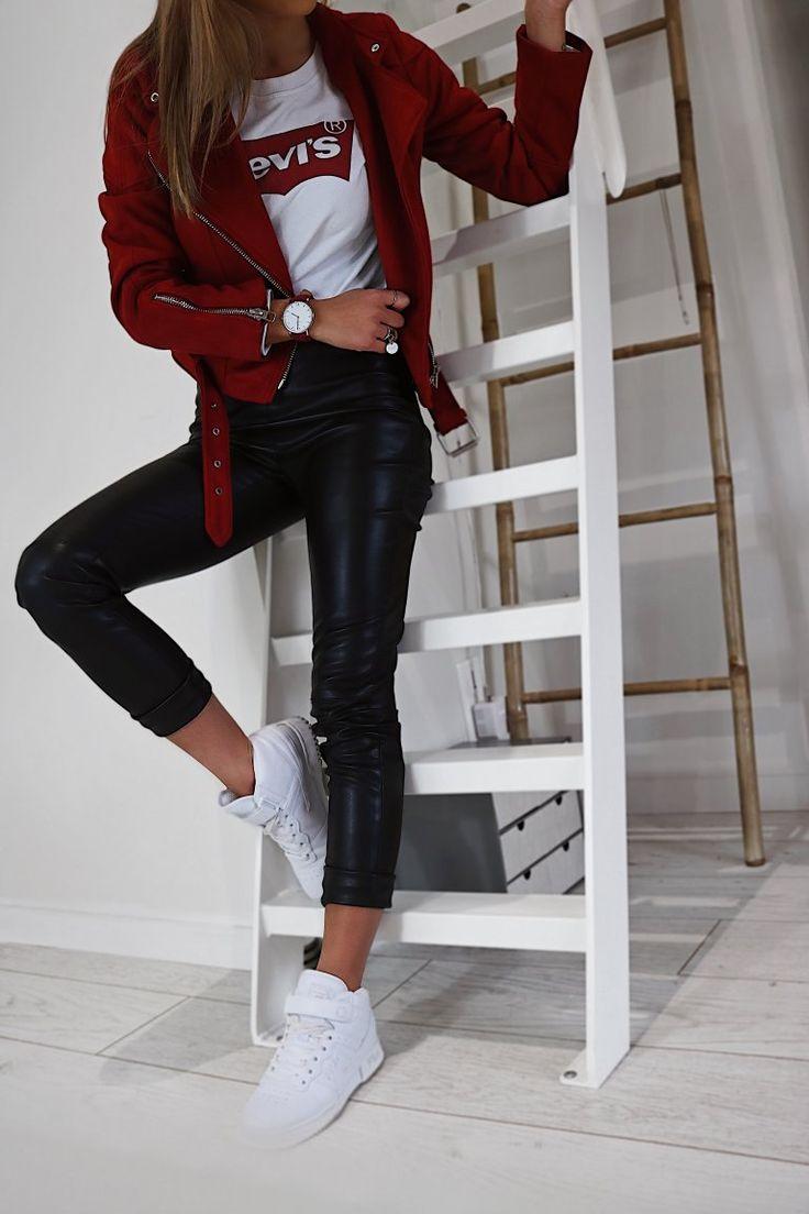 Pull Levi's et pantalon simili cuir