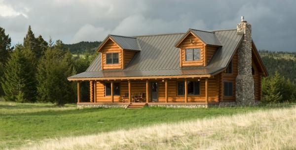 Traditional Style Log Cabin In Montana Log Cabins We