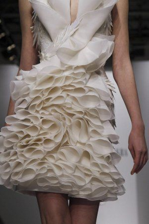Fabric Manipulation for fashion design - dress with decorative rippling textures - 3D textiles; couture sewing // Georges Chakra