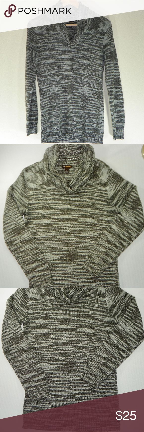 Dana Buchman Sz S  Women's Cowl Neck Sweater/Gray Dana Buchman Women's Sweater in Excellent Pre-Owned-Pre-Loved Condition.There are no flaws with this item, is free and clear of any noticeable stains, rips, pull of fabric and tears. Overall this sweater looks great and you will love it at a fraction of the price! If you notice a flaw that we did not mention, please contact us first before leaving negative feedbacks. We are only human and may make a mistake once in a while.  Lighting and…