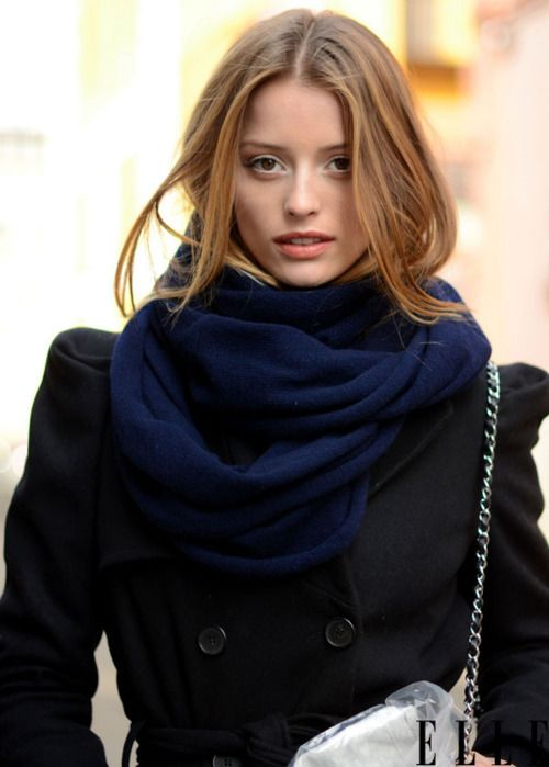 thick navy circle scarf with black peacoat