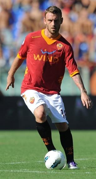 16 Daniele De Rossi