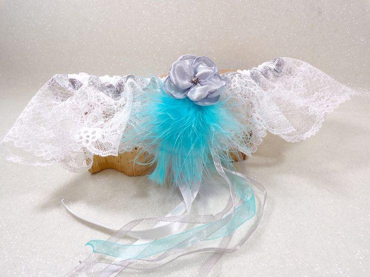 Jarretière de mariée turquoise plumes dentelle : Autres accessoires par douce-fantaisie