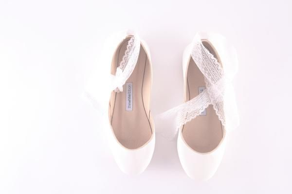 white bridal ballet flats with lace ribbons, thewhiteribbon, top view