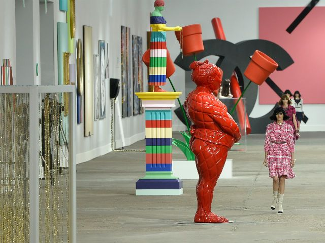 Must Reads: The Special, Bankable Relationship between Art and Fashion