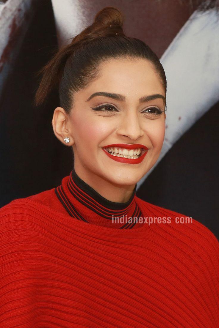 Sonam Kapoor in Delhi, launches Neerja's biography