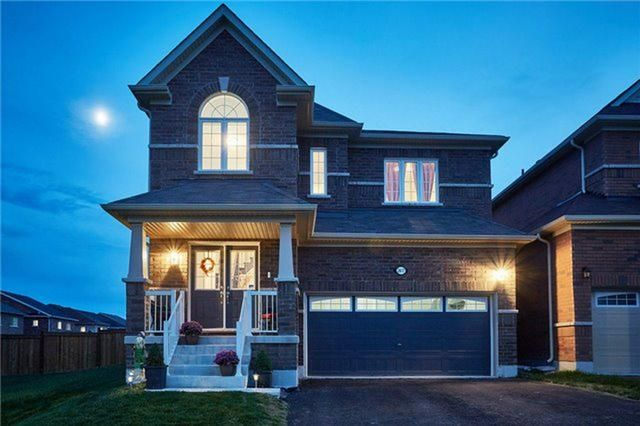 Gorgeous 4 Bedroom Home In Sought After North Oshawa Neighbourhood