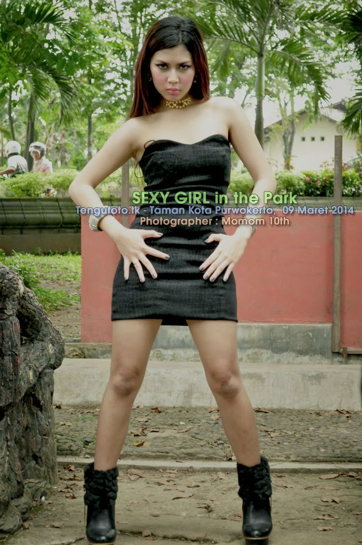 SEXY GIRL IN THE PARK - Taman Kota Purwokerto,  09 Maret 2014 Photographer : Momom 10th Tengufoto - Fotografer Banyumas / Fotografer Purwoke...