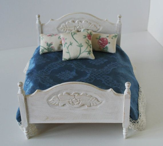 Dollhouse  Set of bedspread and pillows for double bed by Mazumaja