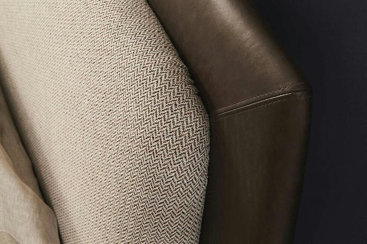 #bed #nightable #bedroom #furniture #luxury #design #interiordesign #madeinitaly #headboard #leather #ecoleather