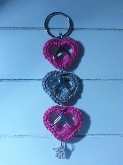 Anniegurumi: Hartjes bliklipjes crochet keychain