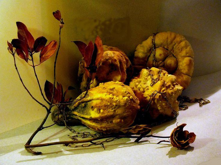 Zucche e foglie morte. by Giancarbon.deviantart.com on @DeviantArt
