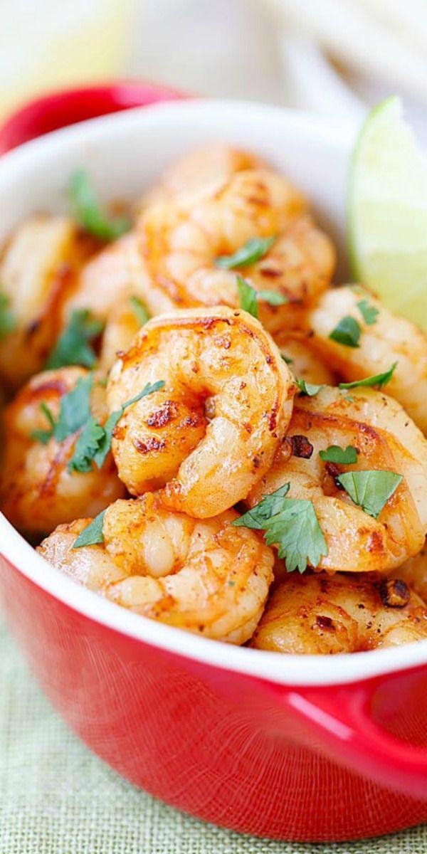 Tequila Lime Shrimp – shrimp with tequila, lime & cilantro! Crazy easy & budget friendly recipe, SO good and takes 15 mins to make! | rasamalaysia.com