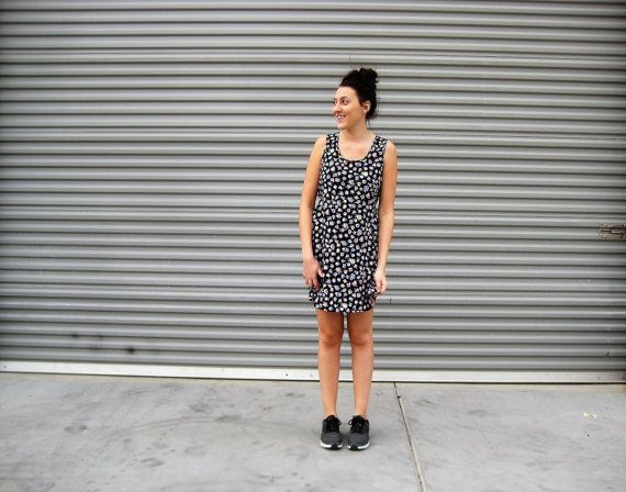 vintage 90's grunge dress // daisies // summer by NVCollective