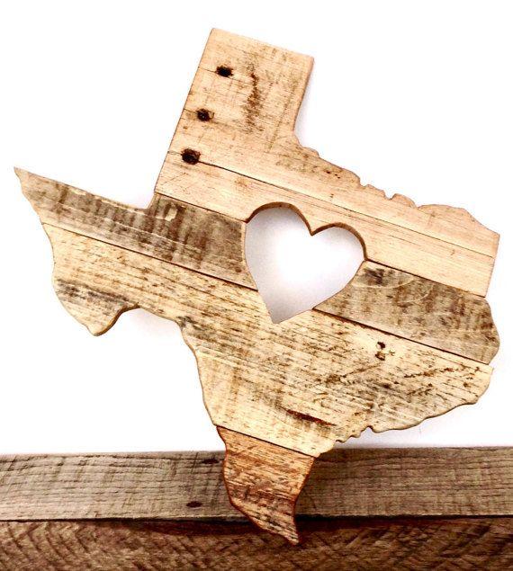 Les Texans sont fiers de leur état. Nous sommes fiers de cette « Heart of Texas » pièce fabriqués à la main en forme de la Lone Star State,