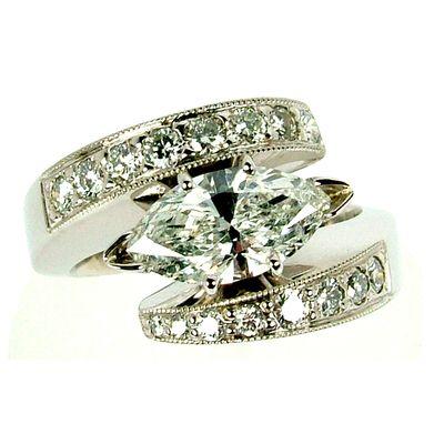 Image from http://scottscustomjewelers.com/admin/ul_imgs/27_gal.jpg.