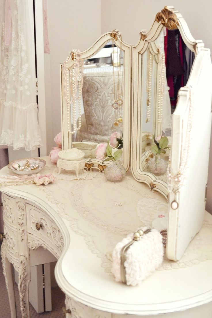 Best 25 vintage dressing rooms ideas on pinterest vanity table best 25 vintage dressing rooms ideas on pinterest vanity table vintage vintage dressing tables and french bedroom decor geotapseo Images